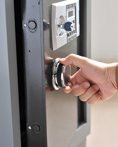 Top Locksmith Services Irvine, CA 949-705-4066